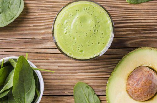 smoothie avocado e spinaci