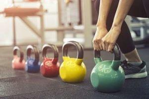 come aumentare la massa muscolare migliori esercizi